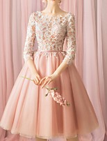 cheap -Ball Gown Jewel Neck Knee Length Lace Floral / Pink Cocktail Party / Prom Dress with Appliques 2020