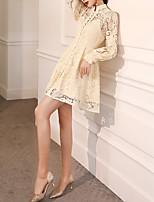 cheap -A-Line High Neck Short / Mini Lace Vintage / White Graduation / Cocktail Party Dress with Buttons 2020