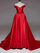 cheap -Ball Gown Off Shoulder Court Train Satin Sexy / Red Quinceanera / Formal Evening Dress with Bow(s) / Pleats 2020
