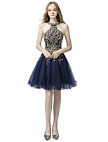 cheap -A-Line Halter Neck Knee Length Tulle Sexy / Blue Cocktail Party / Homecoming Dress with Appliques / Crystals 2020