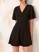 cheap -Jumpsuits V Neck Short / Mini Spandex Little Black Dress / Black Cocktail Party / Homecoming Dress with Pleats 2020