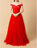 cheap -Ball Gown Off Shoulder Floor Length Tulle Elegant / Red Engagement / Prom Dress with Pleats / Lace Insert 2020