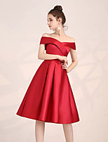 cheap -A-Line Off Shoulder Knee Length Satin Hot / Red Homecoming / Cocktail Party Dress with Pleats 2020
