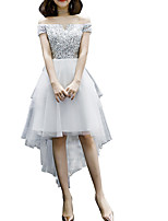 cheap -A-Line Off Shoulder Asymmetrical Polyester Hot / White Graduation / Cocktail Party Dress with Sequin 2020