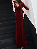 cheap -Mermaid / Trumpet V Neck Floor Length Velvet Sexy / Red Prom / Formal Evening Dress with Pleats 2020