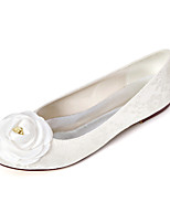 cheap -Women's Wedding Shoes Flat Heel Round Toe Satin Flower Lace Sweet Spring & Summer White / Ivory / Party & Evening