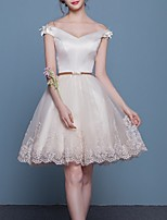 cheap -A-Line Off Shoulder Short / Mini Lace Floral / Hot Graduation / Cocktail Party Dress with Appliques / Embroidery 2020