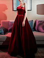 cheap -Ball Gown Elegant Red Engagement Formal Evening Dress Strapless Sleeveless Floor Length Polyester with Sleek 2020