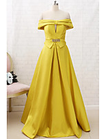 cheap -A-Line Minimalist Yellow Engagement Prom Dress Off Shoulder Short Sleeve Floor Length Satin with Sash / Ribbon Crystals 2020