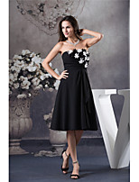 cheap -A-Line Little Black Dress Floral Homecoming Cocktail Party Dress Strapless Sleeveless Knee Length Chiffon with Ruched Appliques 2020