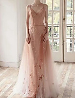 cheap -A-Line Luxurious Sparkle Engagement Formal Evening Dress V Neck Sleeveless Sweep / Brush Train Tulle with Pearls Appliques 2020