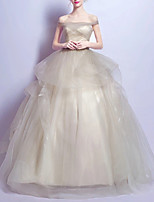 cheap -Ball Gown Elegant Minimalist Engagement Prom Dress Off Shoulder Short Sleeve Floor Length Tulle with Ruched Tier 2020