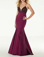cheap -Mermaid / Trumpet Sexy Red Wedding Guest Formal Evening Dress V Neck Sleeveless Sweep / Brush Train Satin with Pleats Beading Sequin 2020