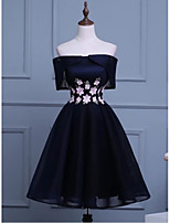 cheap -A-Line Floral Black Engagement Cocktail Party Dress Off Shoulder Short Sleeve Short / Mini Polyester with Appliques 2020