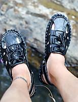 cheap -Men's Summer Outdoor Sandals PU Non-slipping Light Brown / Black / Khaki