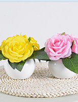 Недорогие -brelong® 4 шт искусственная розовая / желтая роза в керамической вазе ночной свет украшения дома элегантный дизайн с питанием от батареи