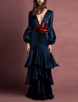 cheap -Mermaid / Trumpet Elegant Sexy Engagement Formal Evening Dress V Neck Long Sleeve Floor Length Satin with Tier 2020