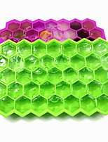 cheap -37 grid honeycomb silicone ice grid with lid creative stackable food grade ice box DIY honeycomb ice grid mold ice cube mold size 20.5*12*2.5cm single grid 2.5*2.2*1.8cm single grid capacity 7ml