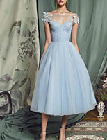 cheap -A-Line Elegant Floral Graduation Prom Dress Illusion Neck Short Sleeve Tea Length Tulle with Appliques 2020