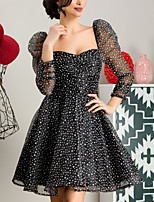 cheap -A-Line Elegant Flirty Homecoming Cocktail Party Dress Scoop Neck Long Sleeve Short / Mini Tulle with Pattern / Print 2020