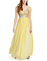 cheap -A-Line Luxurious Sparkle Engagement Prom Dress V Neck Sleeveless Floor Length Chiffon with Pleats Crystals 2020