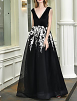 cheap -A-Line Elegant Floral Engagement Formal Evening Dress V Neck Sleeveless Floor Length Tulle with Appliques 2020