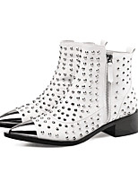cheap -Women's Boots Cuban Heel Pointed Toe Casual Basic Daily Rivet Solid Colored PU Booties / Ankle Boots Walking Shoes White / Black
