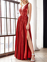 cheap -A-Line Glittering Sexy Wedding Guest Prom Dress V Neck Sleeveless Floor Length Satin with Pleats Split 2020