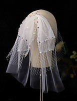 cheap -Three-tier Stylish Wedding Veil Shoulder Veils with Scattered Crystals Style / Sequin / Paillette Tulle