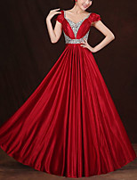 cheap -A-Line Elegant Minimalist Wedding Guest Formal Evening Dress V Neck Short Sleeve Floor Length Charmeuse with Pleats Crystals 2020