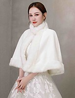 cheap -Sleeveless Coats / Jackets / Capes Fauxfur Wedding / Party / Evening Shawl & Wrap / Women's Wrap / Women's Scarves With Crystal Brooch