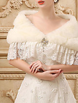 cheap -Short Sleeve Shawls Faux Fur Wedding Women's Wrap With Lace-trimmed bottom / Crystal Brooch / Tiered