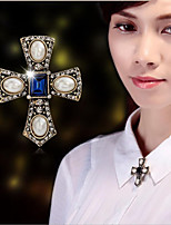 cheap -Men's Women's Brooches Cross Brooch Jewelry White / White For Wedding Party