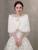 cheap -Sleeveless Shrugs / Coats / Jackets Fauxfur Wedding / Party / Evening Shawl & Wrap / Women's Wrap With Crystal Brooch