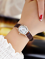 cheap -Women's Quartz Watches Quartz Modern Style Stylish New Arrival Chronograph Analog White Black Red / PU Leather