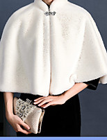 cheap -Sleeveless Shrugs Faux Fur Wedding / Party / Evening Women's Wrap With Fringe / Crystal Brooch