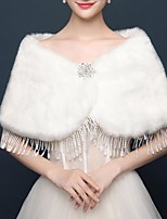 cheap -Sleeveless Shawls Faux Fur Wedding / Party / Evening Women's Wrap With Rhinestone / Tassel