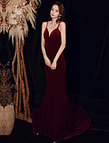 cheap -Mermaid / Trumpet Minimalist Sexy Engagement Formal Evening Dress Spaghetti Strap Sleeveless Court Train Velvet with Sleek 2020