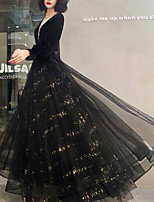 cheap -A-Line Glittering Vintage Wedding Guest Formal Evening Dress V Neck Long Sleeve Floor Length Tulle with Pleats Sequin 2020