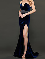 cheap -Sheath / Column Beautiful Back Sexy Wedding Guest Formal Evening Dress V Neck Sleeveless Sweep / Brush Train Velvet with Pleats Split 2020