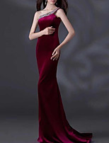 cheap -Mermaid / Trumpet Minimalist Elegant Engagement Formal Evening Dress One Shoulder Sleeveless Sweep / Brush Train Velvet with Sleek 2021