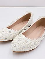 cheap -Women's Wedding Shoes Flat Heel Pointed Toe Wedding Walking Shoes PU Rhinestone Pearl Floral White