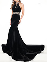 cheap -Mermaid / Trumpet Beautiful Back Sexy Engagement Formal Evening Dress Halter Neck Sleeveless Court Train Velvet with Pleats Beading 2020