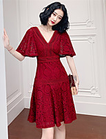 cheap -A-Line Cut Out Elegant Wedding Guest Cocktail Party Dress V Neck Half Sleeve Short / Mini Lace with Pleats 2021