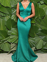 cheap -Mermaid / Trumpet Beautiful Back Sexy Wedding Guest Formal Evening Dress V Neck Sleeveless Sweep / Brush Train Satin with Bow(s) Ruffles 2021