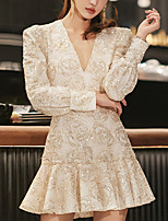 cheap -A-Line Flirty Sparkle Party Wear Cocktail Party Dress V Neck Long Sleeve Short / Mini Spandex with Embroidery 2021
