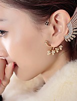 cheap -Women's Clip on Earring Mismatched Skull Stylish Trendy Earrings Jewelry Gold For Party Wedding 1pc
