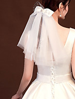cheap -Two-tier Diamond / Rhinestone Decorated Case / Adjustable Wedding Veil Shoulder Veils with Faux Pearl / Satin Bow / Solid Tulle