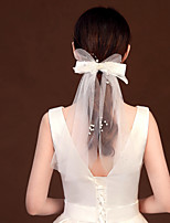 cheap -One-tier Lace Up / Cute Wedding Veil Shoulder Veils with Faux Pearl / Satin Bow / Solid Tulle