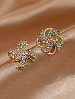 cheap -Women's Earrings Classic Birthday Stylish Romantic Baroque Korean Sweet Imitation Diamond Earrings Jewelry Gold For Gift Formal Date Beach Festival 1 Pair